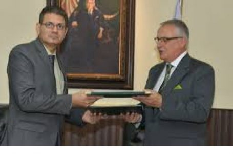 Pakistan, Hungry sign MoU for avoiding double taxation
